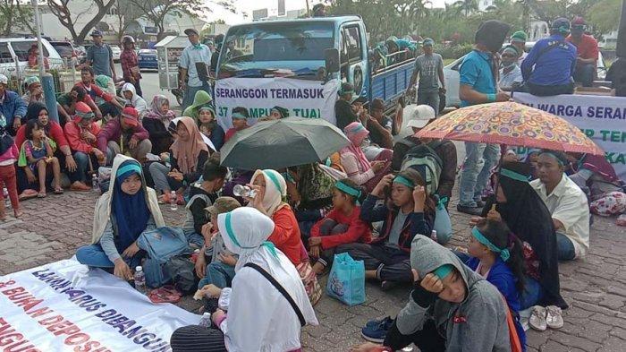 BREAKING NEWS, Warga Seranggong Demo di BP Batam, Minta Nasib Mereka Diperhatikan