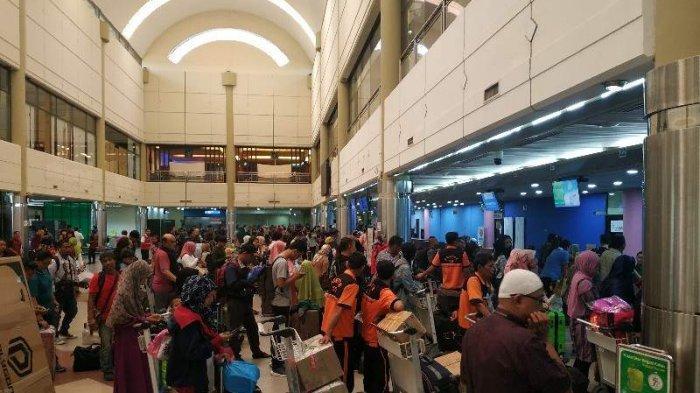 Sehari Setelah Lebaran, Pemudik Terrpantau Ramai di Bandara Hang Nadim Batam