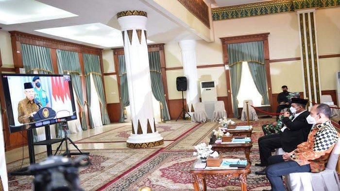 Gubernur Kepulauan Riau (Kepri), Ansar Ahmad saat menghadiri acara peringatan Hari Anti Narkotika Internasional (HANI) Tingkat Provinsi Kepri Tahun 2021 di Gedung Daerah, Tanjungpinang, Senin (28/6/2021)