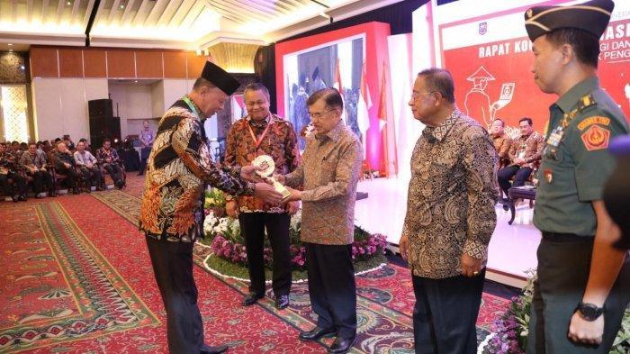 Wali Kota Tanjungpinang H Syahrul dan Wakilnya Hj Rahma Borong Tiga Penghargaan dalam Tiga Hari