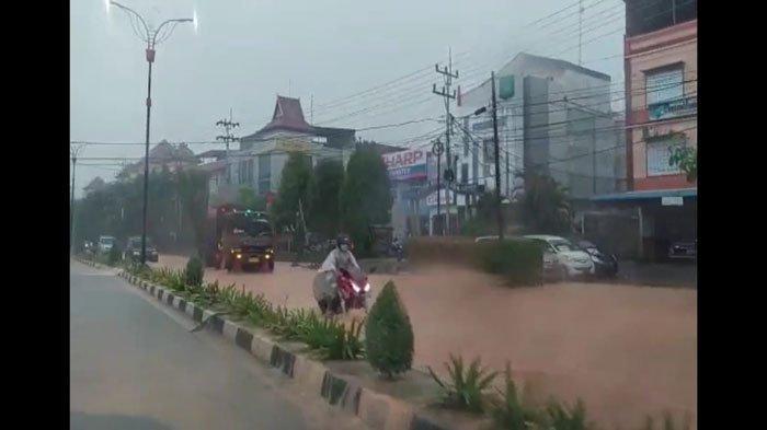 Langganan Banjir Setiap Hujan Lebat, Warga Desak Pemko Tanjungpinang Cari Solusi