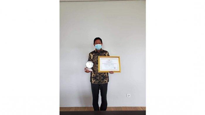 Gubernur Kepri Terima Penghargaan Dari KASN, Isdianto: Momen Manis Jelang Akhir Jabatan