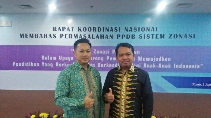 Ketua KPPAD Kota Batam, Abdillah (baju batik hijau) mengutuk keras para pelaku pencabulan anak di bawah umur.
