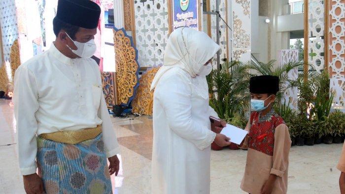 Peringatan Nuzulul Qur'an di Batam, 1.000 Anak Yatim Dapat Santunan