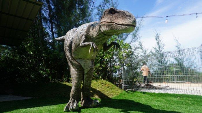 Ngabuburit Lihat Dinosaurus di Dino's Gate Batam, Tarif Masuk Kini Rp 30 Ribu Per Orang