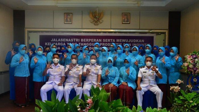 Pangkalan TNI AL Tarempa Peringati HUT ke-75 Jalasenastri