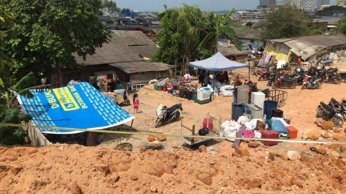60 Rumah Rusak, 1 Warga Tewas Akibat Tanah Amblas dan Longsor di Belakang Pasar Induk Jodoh Batam