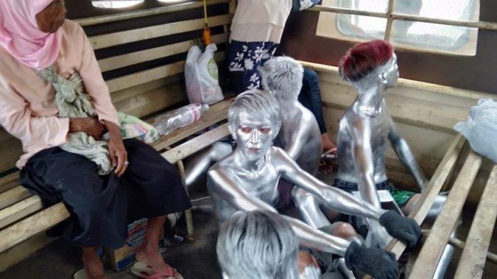 Momen Terakhir Diduga Bocah Silver Sebelum Tewas Ditabrak, Ibunda Menjerit: Sakitnya Hidupmu, Nak
