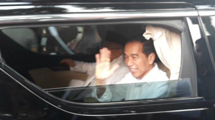 Lempar Senyum Saat Tinggalkan Gedung KPU, Jokowi-Maruf Amin Resmi Jadi Presiden Terpilih 2019-2024