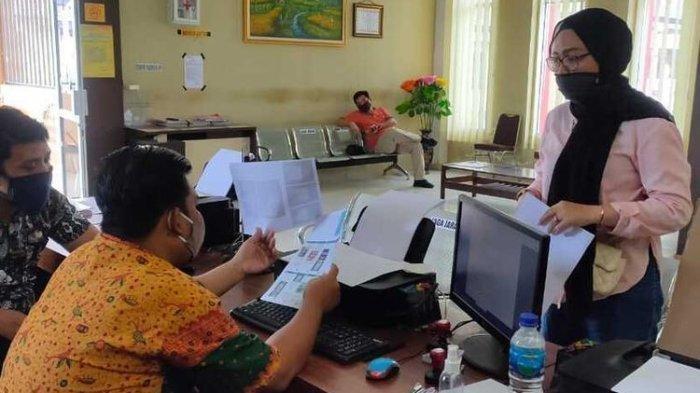 Wanita di Palembang Ditipu, Beli iPhone 11 di Aplikasi Belanja Online Malah Dikirimi Kartu Remi