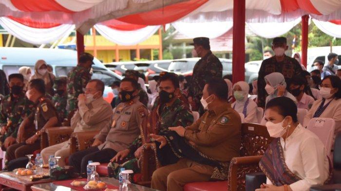 Kapolda Kepri Tinjau Serbuan Vaksin Komando Gabungan Pertahanan Wilayah