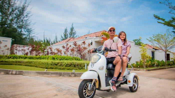 Suasana di Holiday Villa Pantai Indah