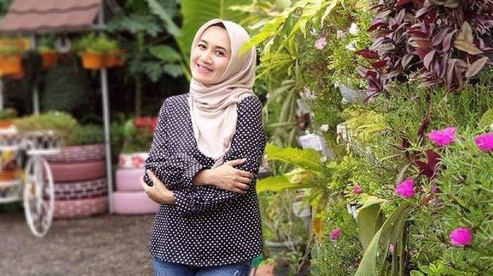 Dipersunting Dokter Spesialis Tajir, Pedangdut Nini Carlina Diam-diam Masih Bawa Benda Jadul Ini