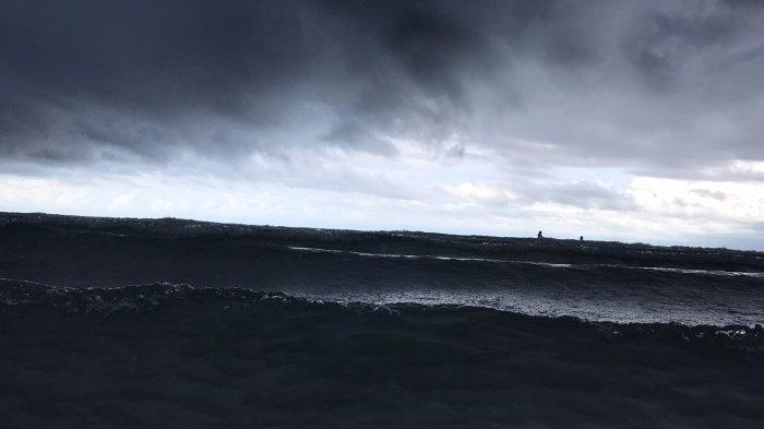 BATAM Masih Akan Diguyur Hujan, BMKG Ingatkan Nelayan Kenakan Life Jacket