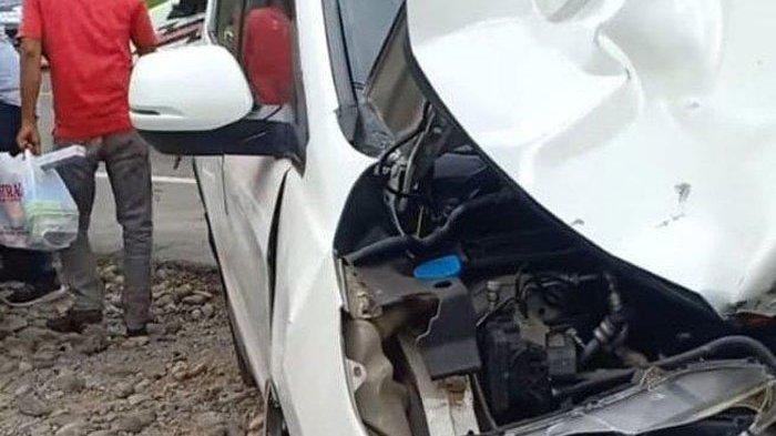 Wanita Pengendara Honda Scoopy Tewas Tabrakan dengan Mobil Anggota DPRA