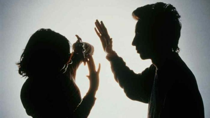Suami Tikam Istri Hingga Sekarat Karena Gak Mau Rujuk, Padahal Untuk Pertahankan Rumah Tangga