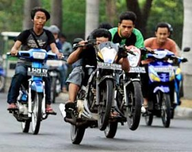 Pak Polisi, Komplotan Pemotor di Samping Kamar Mayat RSBP Bikin Resah, Sudah Diancam Pakai Parang