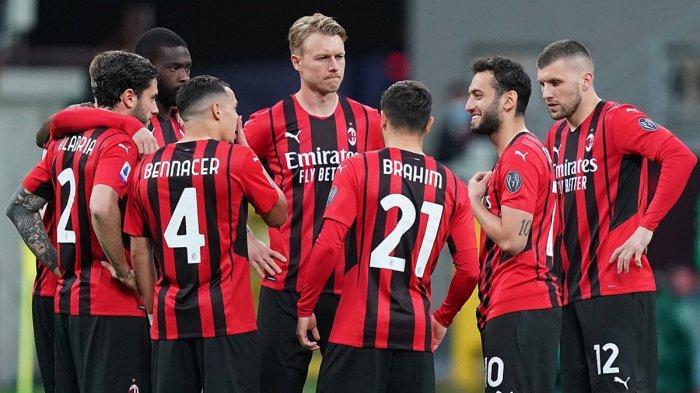 AC Milan musim 2020-2021 : AC Milan lebih jago saat main di laga tandang, ketimbang laga kandang.