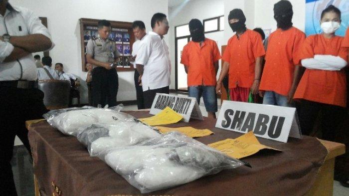 Pesta Sabu, Pejabat Pemkab dan Honorer Ini Ditangkap Polisi Saat Asyik Beginian. Ini Buktinya!