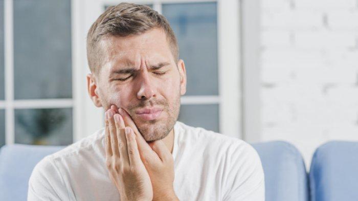 Cara Ampuh Obati Sakit Gigi Berlubang Dengan 8 Bahan Alami Apa Saja Tribun Batam