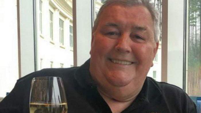 Permintaan Terakhir Pria Ini Bikin Keluarga Tertawa Saat Hadiri Pemakamannya, Ini Videonya