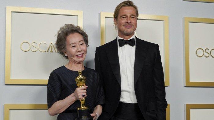 Daftar Pemenang Piala Oscar 2021 Nomadland Film Terbaik, Brad Pitt Terharu Youn Yuh-jung Raih Oscar