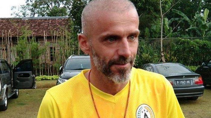 Alasan Eduardo Perez Mundur dari Kursi Pelatih PSS Sleman, Singgung Masalah Intern Klub