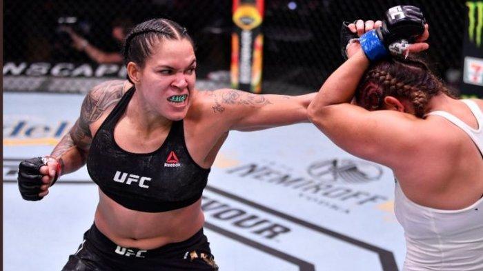 Hasil UFC 250 Putri, Sempat Bikin Pelindung Gigi Spencer Terlepas, Amanda Nunes Menang Angka