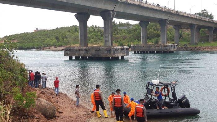 Libatkan 'Orang Pintar', Proses Pencarian Rafly Pelajar SMKN 7 Batam yang Tenggelam Terus Dilakukan