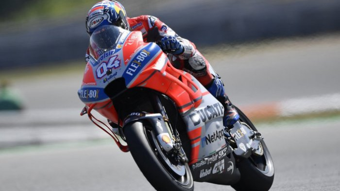 Hasil MotoGP Valencia 2018 - Andrea Dovizioso Podium,  Valentino Rossi Terjatuh