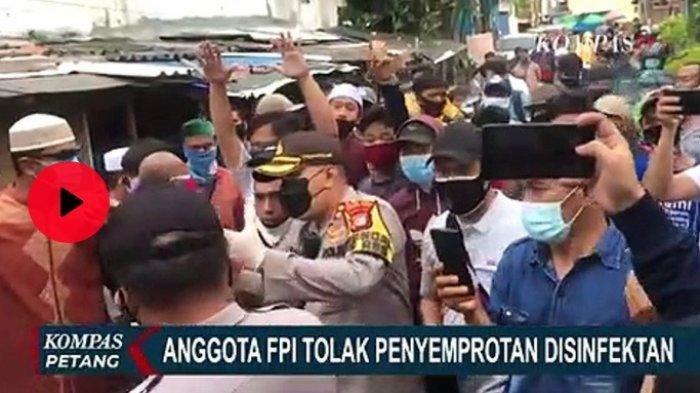 Aksi Nekat Simpatisan FPI, Sempat Larang Polisi Semprotkan Disinfektan di Depan Markas Mereka