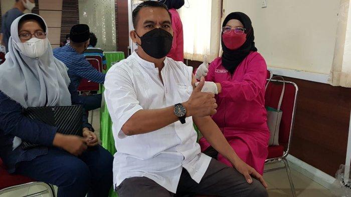 Warga Kepri Antusias Ikut Vaksin Corona, Seruan Ansar - Marlin Diklaim Ampuh