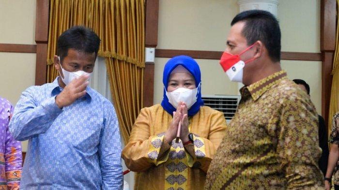 Sikap Ansar Ahmad, Marlin Agustina dan Rudi saat Berada di Satu Acara yang Sama