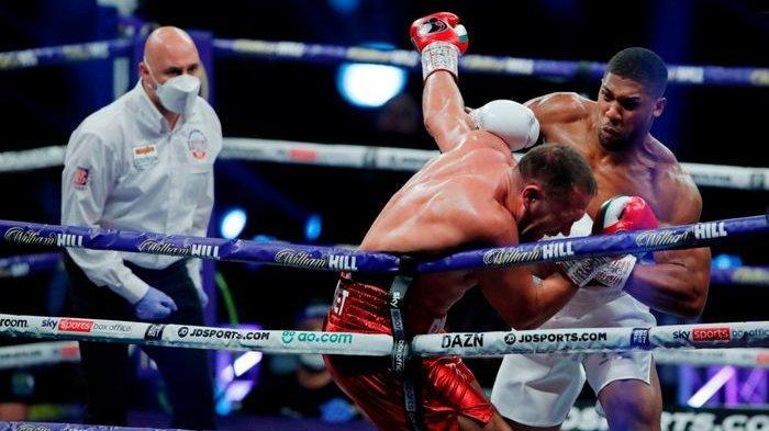 Anthony Joshua Aniaya Kubrat Pulev Hampir di Semua Ronde, Tyson Fury Mencuat Jadi Lawan Berikutnya