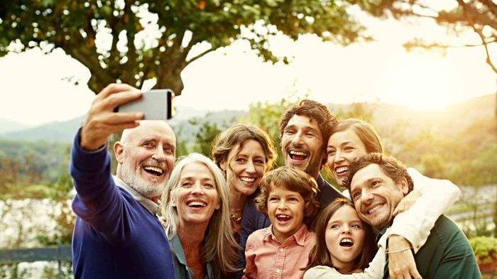 Arti Mimpi Bertemu Keluarga Tak Melulu Baik, Menurut Primbon Temanmu akan Berkhianat