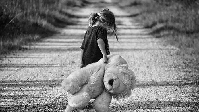 Arti Mimpi Punya Anak Perempuan Pertanda Rezeki, Apalagi Bocah Kembar