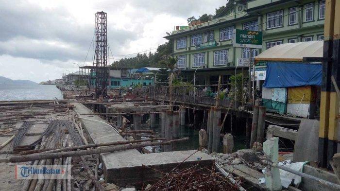 Warga Tak Sabaran, Ingin Jalan Selayang Pandang Selesai Dikerjakan: Malu Kita, Masa Jalan Kayu Terus