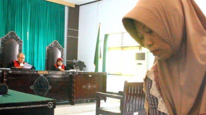 Trauma Lihat Ruang Tahanan, Baiq Nuril Menangis Saat Jalani Sidang PK