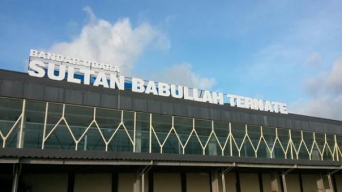 Akibat Abu Vulkanik Erupsi Gunung Gamalama. Bandara Sultan Babullah Ternate Tutup Sementara