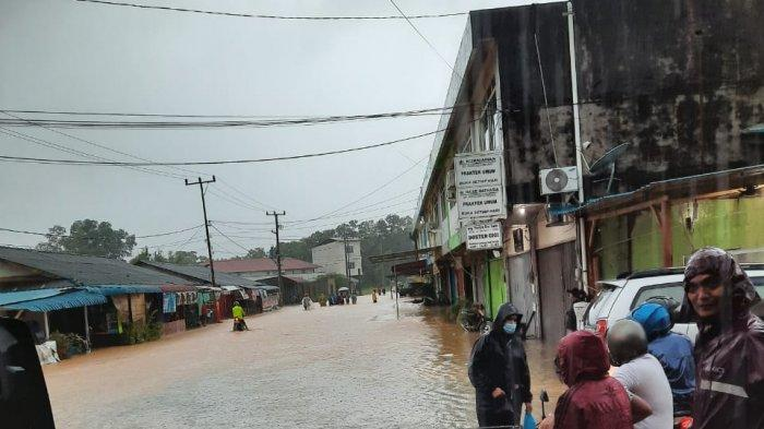 Tanjunguban Lumpuh Diterjang Banjir, Hujan Mengguyur Sejak Jumat (1/1) Malam