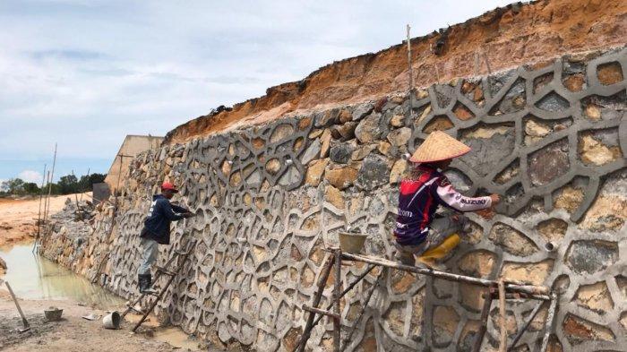 Batu Miring Stadion Megat Alang Perkasa Bintan Roboh, Masa Pemeliharaan Sudah Lewat