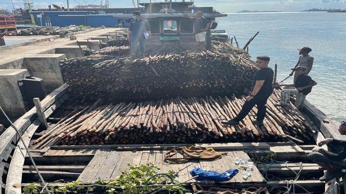 Batam Customs Prevents Smuggling of 10,810 Teki Timbers in Jaloh Atas Island