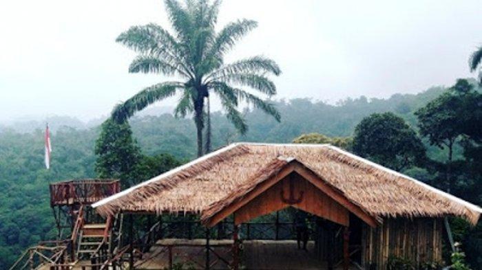 Salah satu bangunan menarik di Objek wisata Bekancan River terletak di Desa Telagah, Kabupaten Langkat, Provinsi Sumatera Utara.