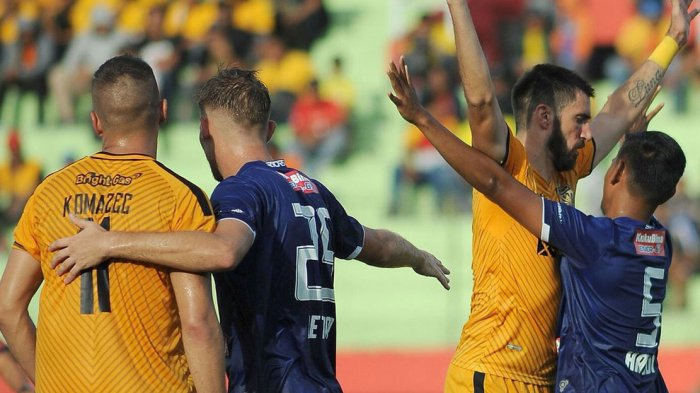 Hasil Lengkap dan Klasemen Sementara Liga 1 2018 Pekan Ketiga. Persija, PSM dan Sriwijaya Kalah