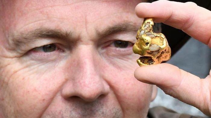 Temukan Bongkahan Emas Senilai Rp950 Juta, Pria Ini Bocorkan Cara Mendapatkannya!