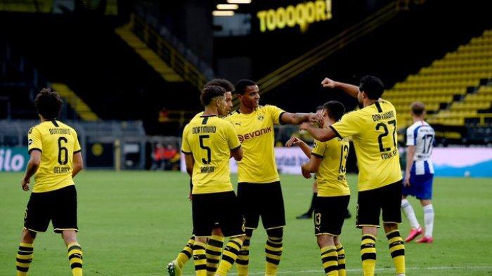 Hasil Bundesliga - Tumbangkan Hertha Berlin, Dortmund Kembali Ancam Munchen di Puncak Klasemen
