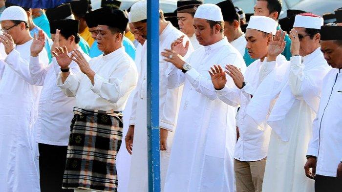Panduan Tata Cara dan Niat Sholat Idul Fitri, Lengkap dengan Hal yang Disunahkan Sebelum Sholat Ied