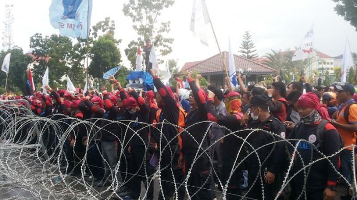 Kapolresta Ingatkan Buruh. Asep: Jangan Berlebihan, Saya Tangkap Nanti