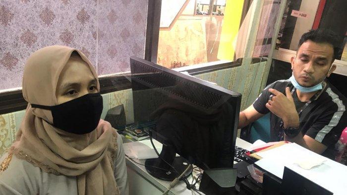 Istri DAB berinisial M (19) di Polresta Barelang, Selasa (12/1/2021).