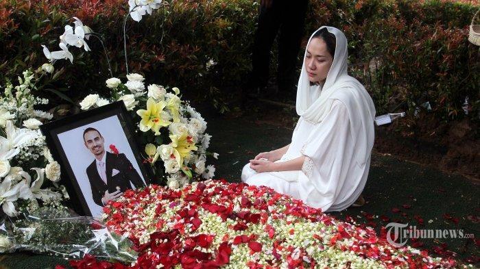 Kronologi Kematian Ashraf Sinclair Suami Bunga Citra Lestari Diungkap Sepupu BCL, Kayak Orang Tidur